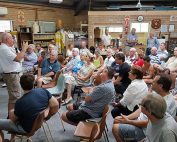 illawarra beekeepers clubhouse meeting with Bruce White