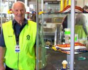 bruce-white-at-honeyland-royal-easter-show-2017-NSW-Apiarists-Association-NSWAA