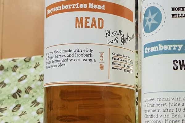 mead-bottles-illawarra-beekeepers