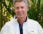 Stu Anderson Flow Hive inventor presenting at illawarra beekeepers